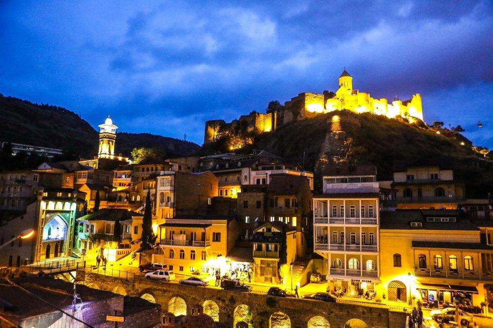 Tbilisi i skymningen. Foto: Johnny Friskilä