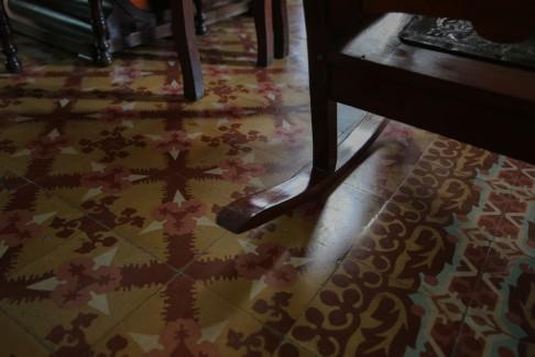 Cuba_hallway_livingroom_16