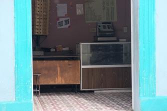 Cuba_hallway_livingroom_3