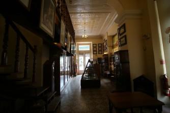 Cuba_hallway_livingroom_5