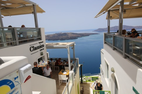 Santorini_Fira_29