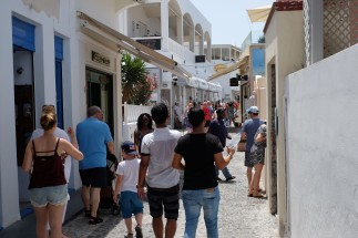 Santorini_Fira_6