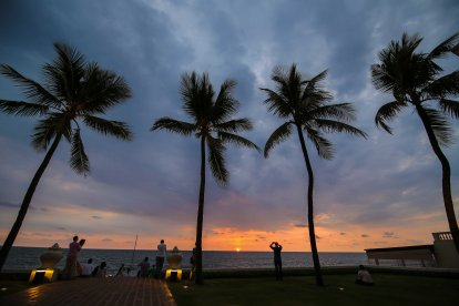 Galle-Face-Hotel-Sunset