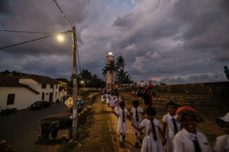 Galle-light house-school children