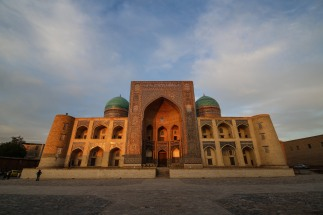 madrassah-golden-hour-bukhara-uzbekistan