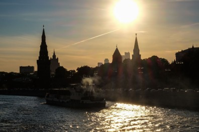 afternoon-moscow-river