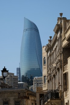 flaming-towers-old-town-baku