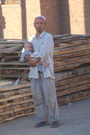 turpan-father-and-son-uighur