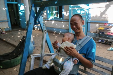 turpan-xinjiang-father-and-son