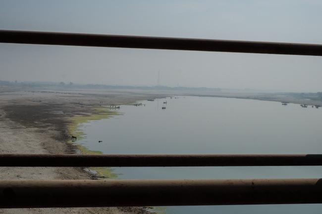 bridge-over-river-indus-1
