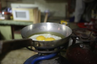 friend-eggs-lahore