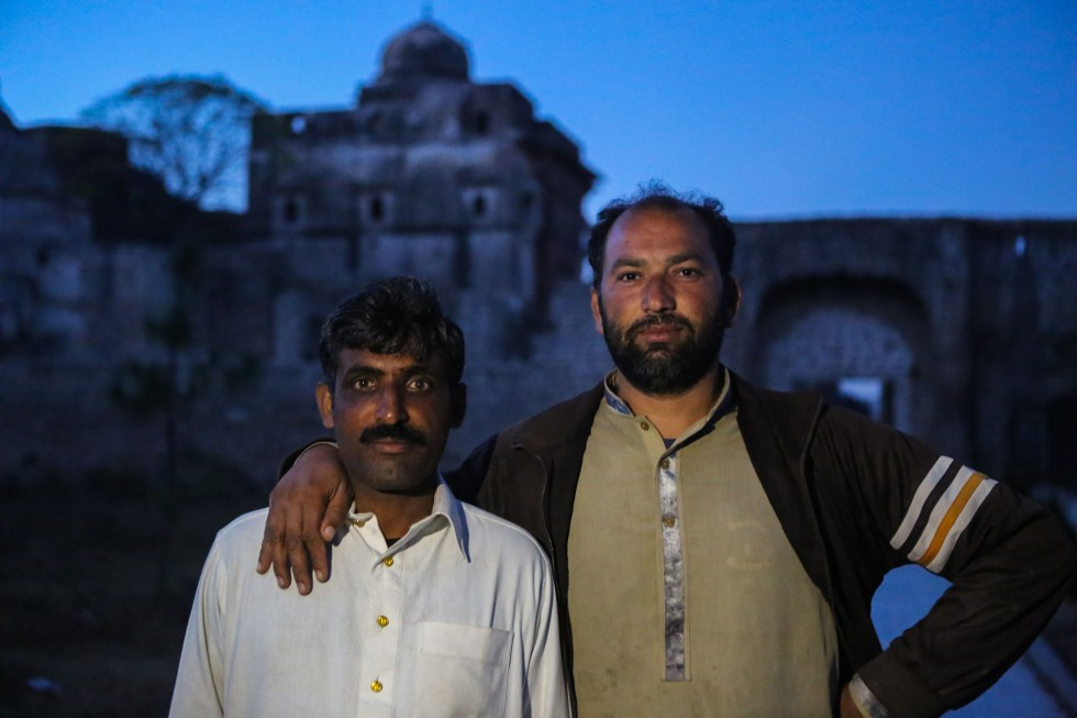 katasraj-katas-raj-local-guides-1