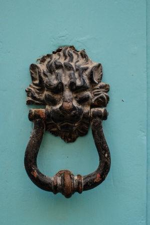 door-knockers-maltese-malta-3