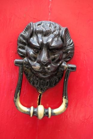 door-knockers-maltese-malta-8