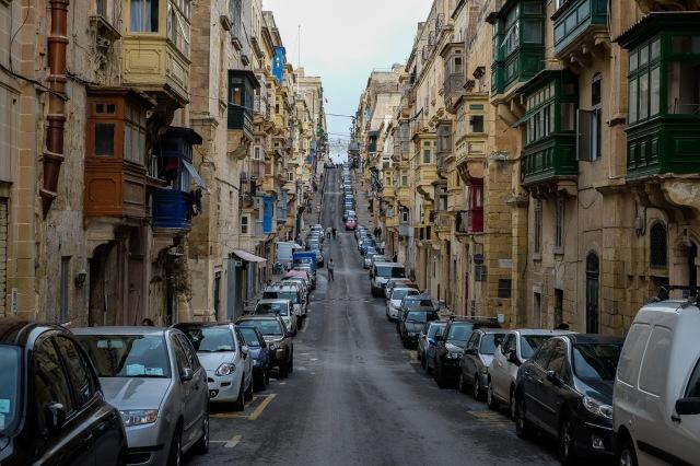malta-valletta-ba%cc%88sta-bild-2