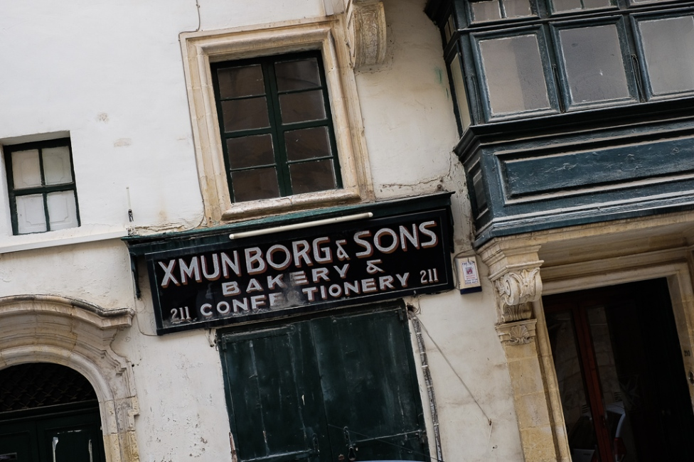 old-signs-malta-1
