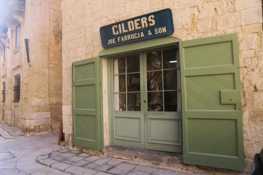old-signs-malta-13