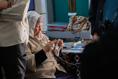 Khiva knitting woman-4988