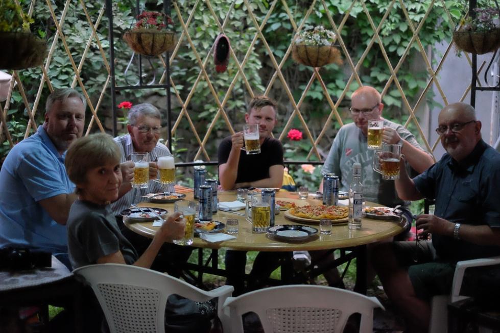 Midsommar-utomlands-middag-Khorog-Tadzjikistan-2313