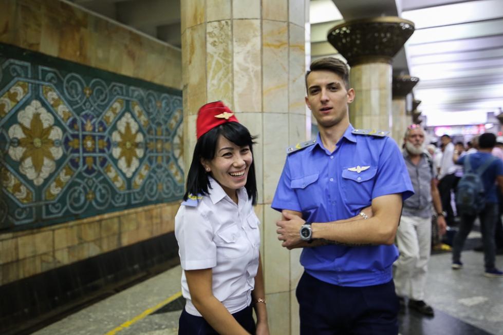 Tashkent-Metro-Underground-Pakhtakor-0122