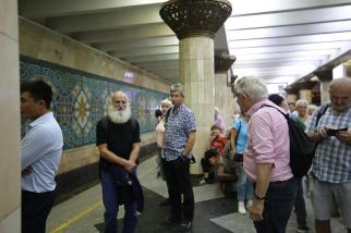 Tashkent-Metro-Underground-Pakhtakor-0126