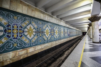 Tashkent-Metro-Underground-Pakhtakor-0132