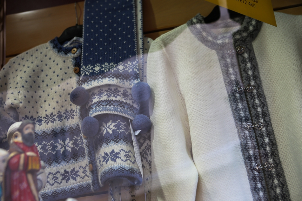 Montenegro-knitted-sweaters-2668