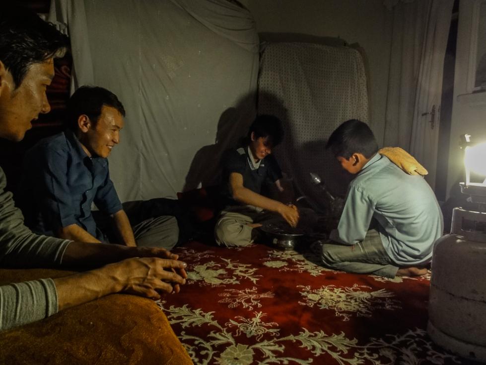 Afghanistan Herat drinking tea-02936
