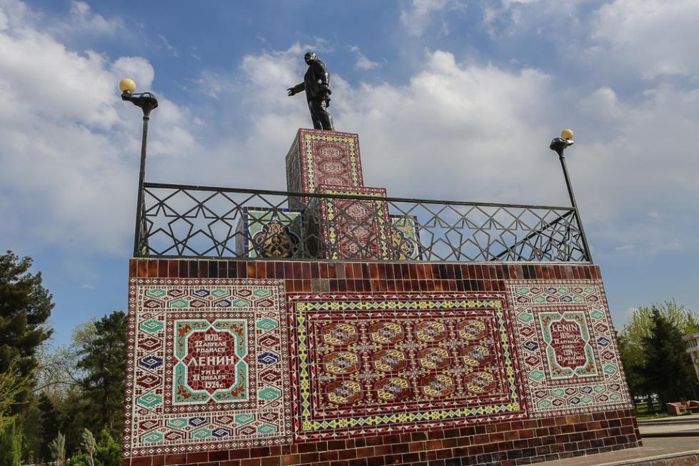 Lenin Ashgabat Turkmenistan-4478