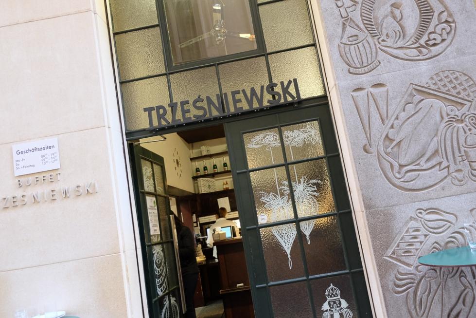 Trzesniewski_Vienna_Austria-7974